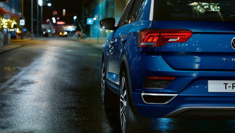Blue T-Roc from the back-Barons VW
